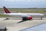 Wings Flapさんが、中部国際空港で撮影したオムニエアインターナショナル 777-2U8/ERの航空フォト(写真)