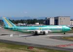 Bokuranさんが、ペインフィールド空港で撮影したボーイング 747-8B5の航空フォト(写真)