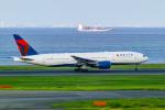 delawakaさんが、羽田空港で撮影したデルタ航空 777-232/ERの航空フォト(写真)
