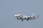 カンタさんが、新潟空港で撮影したジェイ・エア ERJ-190-100(ERJ-190STD)の航空フォト(写真)