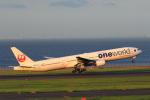 こだしさんが、羽田空港で撮影した日本航空 777-346の航空フォト(写真)