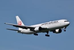 hirohiro77さんが、新千歳空港で撮影した日本航空 767-346/ERの航空フォト(写真)