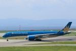 mat-matさんが、関西国際空港で撮影したベトナム航空 A350-941XWBの航空フォト(写真)