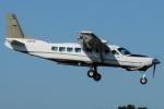 (`・ω・´)さんが、調布飛行場で撮影した共立航空撮影 208B Grand Caravanの航空フォト(写真)