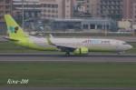 RINA-200さんが、福岡空港で撮影したジンエアー 737-8SHの航空フォト(写真)