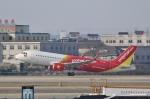 TAOTAOさんが、杭州蕭山国際空港で撮影したベトジェットエア A320-214の航空フォト(写真)