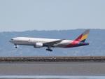 職業旅人さんが、サンフランシスコ国際空港で撮影したアシアナ航空 777-28E/ERの航空フォト(写真)
