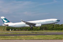 Y-Kenzoさんが、成田国際空港で撮影したキャセイパシフィック航空 A330-342Xの航空フォト(写真)
