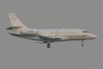PASSENGERさんが、羽田空港で撮影したグローバル・ジェット・チャーターズ Falcon 2000EXの航空フォト(写真)