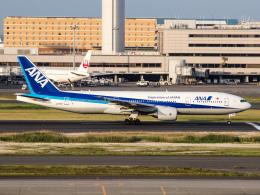 Mame @ TYOさんが、羽田空港で撮影した全日空 777-281/ERの航空フォト(写真)