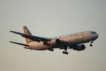 蒲田賢二さんが、成田国際空港で撮影したアシアナ航空 767-38Eの航空フォト(写真)