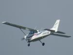 tetuさんが、札幌飛行場で撮影した日本法人所有 172P Skyhawkの航空フォト(写真)