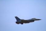 zero1さんが、岩国空港で撮影したアメリカ空軍 F-16CM-50-CF Fighting Falconの航空フォト(写真)