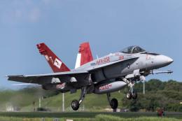 TBさんが、茨城空港で撮影したアメリカ海兵隊 F/A-18C Hornetの航空フォト(写真)