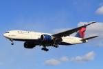 StarMarineさんが、成田国際空港で撮影したデルタ航空 777-232/LRの航空フォト(写真)