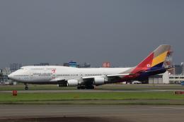 MOHICANさんが、福岡空港で撮影したアシアナ航空 747-48Eの航空フォト(写真)