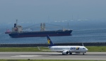 Take51さんが、神戸空港で撮影したスカイマーク 737-8FZの航空フォト(写真)