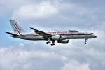yoshibouさんが、成田国際空港で撮影したハネウェル 757-225の航空フォト(写真)