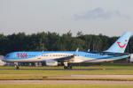 安芸あすかさんが、マンチェスター空港で撮影したトムソン航空 757-236の航空フォト(写真)