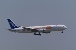 SOMAさんが、羽田空港で撮影した全日空 767-381/ERの航空フォト(写真)