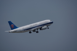 JA8037さんが、寧波櫟社国際空港で撮影した中国南方航空 A320-232の航空フォト(写真)