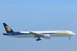 臨時特急7032Mさんが、香港国際空港で撮影したジェットエアウェイズ 777-35R/ERの航空フォト(写真)