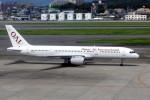 ansett767ksさんが、福岡空港で撮影したオムニエアインターナショナル 757-23Aの航空フォト(写真)