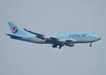 じーく。さんが、新千歳空港で撮影した大韓航空 747-4B5の航空フォト(写真)