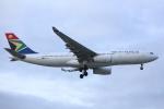 安芸あすかさんが、ロンドン・ヒースロー空港で撮影した南アフリカ航空 A330-243の航空フォト(写真)