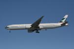 hachiさんが、新千歳空港で撮影したキャセイパシフィック航空 777-367/ERの航空フォト(写真)