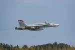 Mochi7D2さんが、茨城空港で撮影したアメリカ海兵隊 F/A-18C Hornetの航空フォト(写真)