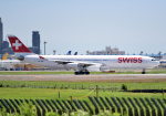 雲霧さんが、成田国際空港で撮影したスイスインターナショナルエアラインズ A340-313Xの航空フォト(写真)