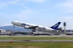 tomoyonさんが、伊丹空港で撮影した全日空 767-381/ERの航空フォト(写真)