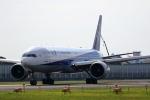 tomoyonさんが、伊丹空港で撮影した全日空 777-381/ERの航空フォト(写真)
