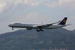 トールさんが、香港国際空港で撮影したルフトハンザドイツ航空 A340-642Xの航空フォト(写真)