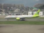 commet7575さんが、福岡空港で撮影したジンエアー 777-2B5/ERの航空フォト(写真)