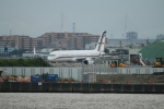ceskykrumlovさんが、羽田空港で撮影したガインジェット・アビエーション 757-23Nの航空フォト(写真)