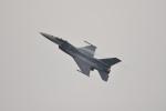 ひこ☆さんが、千歳基地で撮影したアメリカ空軍 F-16CM-50-CF Fighting Falconの航空フォト(写真)