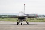 チャッピー・シミズさんが、千歳基地で撮影したアメリカ空軍 F-16CJ Fighting Falconの航空フォト(写真)