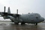 fortnumさんが、三沢飛行場で撮影したアメリカ空軍 C-130 Herculesの航空フォト(写真)