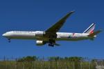 さくらの城南山。さんが、成田国際空港で撮影したエールフランス航空 777-328/ERの航空フォト(写真)