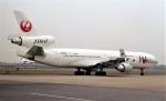 ハミングバードさんが、名古屋飛行場で撮影した日本航空 MD-11の航空フォト(写真)
