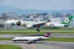 rYo1007さんが、福岡空港で撮影したエバー航空 A330-302Xの航空フォト(写真)