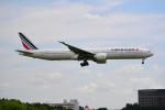 雲霧さんが、成田国際空港で撮影したエールフランス航空 777-328/ERの航空フォト(写真)