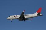 hachiさんが、新千歳空港で撮影したジェイ・エア ERJ-170-100 (ERJ-170STD)の航空フォト(写真)