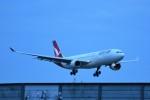 おかめさんが、成田国際空港で撮影したカンタス航空 A330-303の航空フォト(写真)