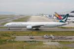 いっとくさんが、関西国際空港で撮影したキャセイパシフィック航空 777-367の航空フォト(写真)