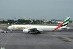 妄想竹さんが、シンガポール・チャンギ国際空港で撮影したエミレーツ航空 777-31H/ERの航空フォト(写真)