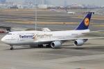 FUK.H.Rさんが、羽田空港で撮影したルフトハンザドイツ航空 747-830の航空フォト(写真)