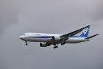 音さん@飛行機バカさんが、福岡空港で撮影した全日空 767-381の航空フォト(写真)
